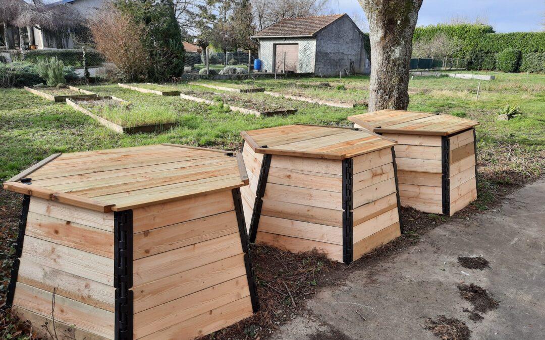 Installation des composteurs au Jardin de Lulu